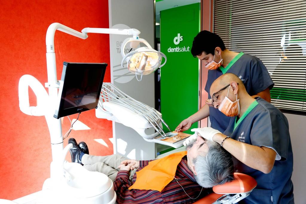Implantes-Dentales-Dentisalut