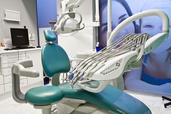 clinica-dental-dentisalut-instalaciones-modernas-63aaa0334f