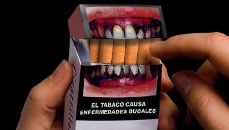 Resultado de imagen de tabaco y dientes