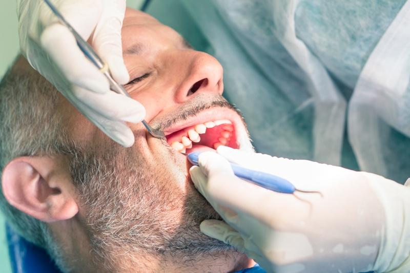 La enfermedad periodontal y el tratamiento de ortodoncia