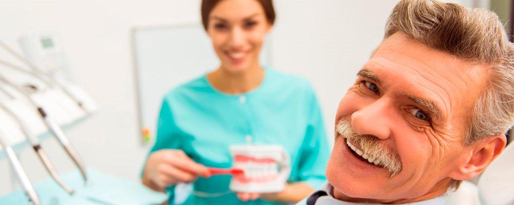 Cuidados tras la colocación de implantes de carga inmediata