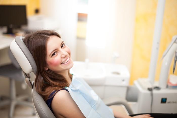 Visita al dentista y anticonceptivos orales