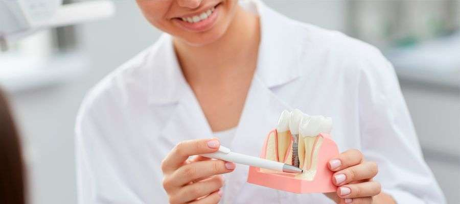 Como colocar un implante dental sin hueso